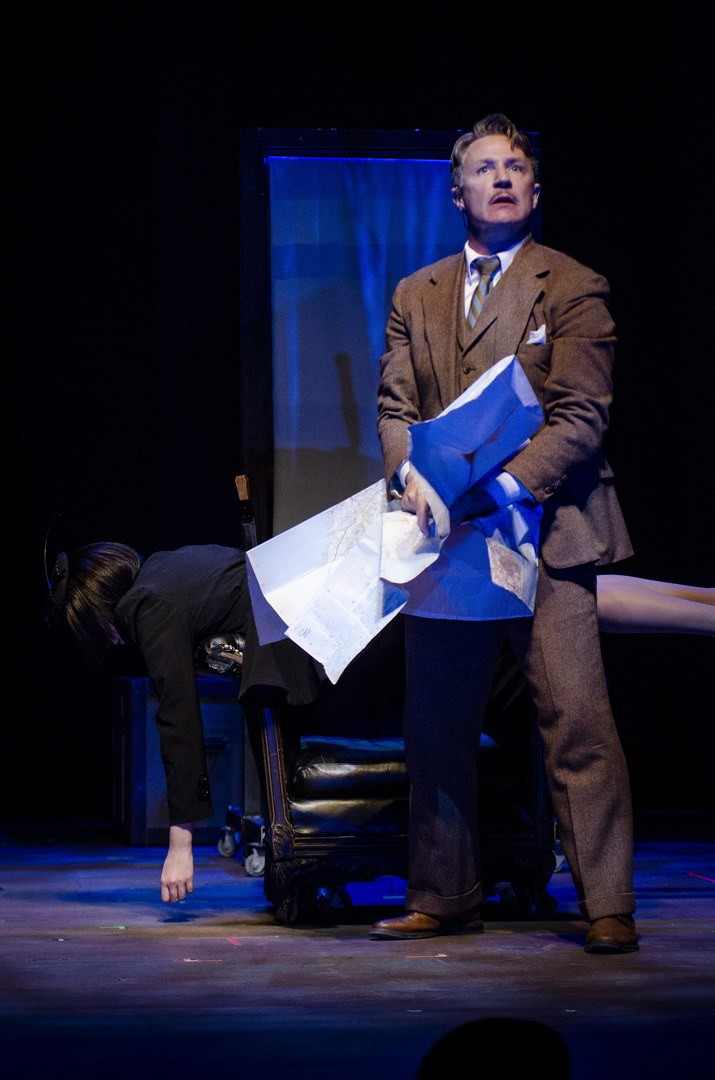 As Hannay, with Mallory Hawks as Annabella in THE 39 STEPS at Arrow Rock Lyceum Theatre. Photo by Ryan J. Zirngibl.